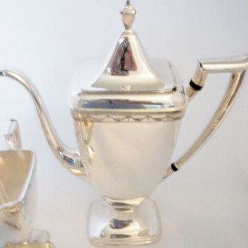 Rogers Bros, Anniversary 1847, 7 Pieces, Coffee Pot Tea Pot, Creamer, Sugar and Waste Bowl, Silver plated