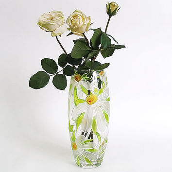 Hand painted glass vase- White daisies, Wedding vase, Birthday vase, Home decor, Mother's day gift, White vase, Flowers vase, Gift for her