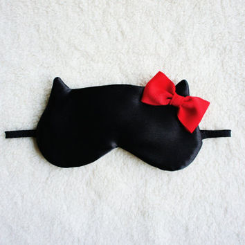 Valentine's Day Limited Edition Red Bow Cat Mask by Naomilingerie