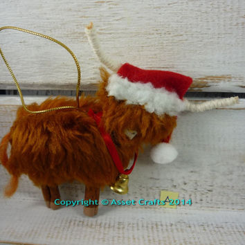 Highland cow, Christmas ,highland cow ornament, highland cow decoration, highland cow Xmas, highland cow collectable, Scottish bull, Scot