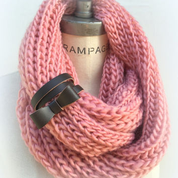 Knitted Scarf Infinity Scarf Top Selling Shop Item Winter Scarf Gift for Bestfriend - By PiYOYO