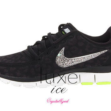 NIKE run free 5.0 v4 shoes w/Swarovski Crystals detail - Black/Metallic Silver/Anthracite