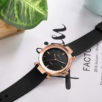 Fashion Women Wrist Watch (10 Colors)