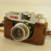 Vintage Early 60s Pax Jr 35mm Camera & by LilytheDogVintage