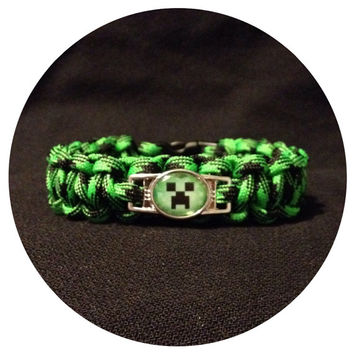 Minecraft Creeper Paracord Bracelet