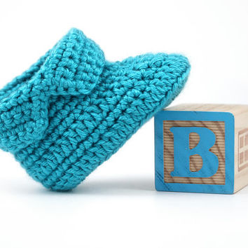 Blue Crochet Baby Boots // 0 to 6 Months // Bright Blue Baby Boy Booties