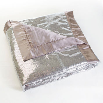 Silver Sequin Throw Blanket - Sin in Linen Bedding