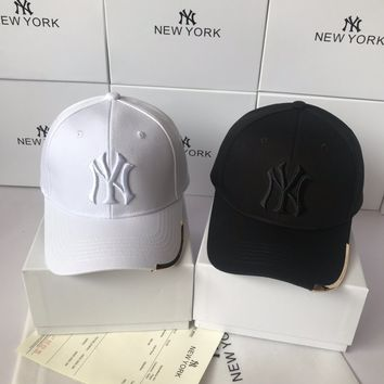 """New York Yankees"" Women Casual Fashion Letter Embroidery Baseball Cap Breathable Mesh Peaked Cap Sun Hat"