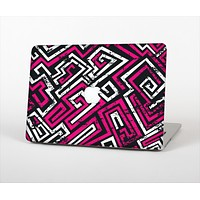 """The Pink & White Abstract Maze Pattern Skin Set for the Apple MacBook Air 11"""""""
