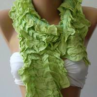 Pistachio -- Elegance Shawl // Scarf with Lace Edge-