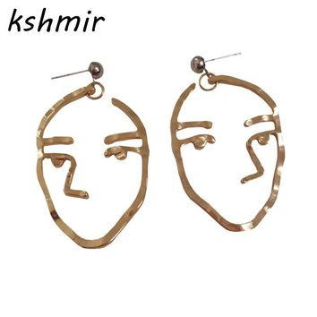 Earrings style restoring ancient ways design color, gold and silver earrings stud earrings strange interesting ear clip female