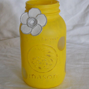 Painted mason jar, Yellow mason jar, Polka dot mason jar, Shells, Distressed painted jar, Shabby chic, utensil holder, flower vase, planter