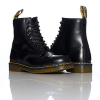 8 EYE BOOT - Black - DR MARTENS
