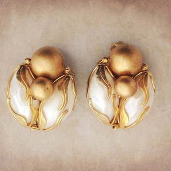 Spectacular Gold Mid Century Mad Men Earrings Gorgeous Vintage Wedding Bridal Earrings