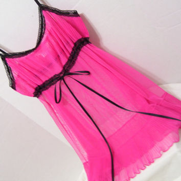 Hot Pink and Black Victoria Secret  Night Gown Babydolls Sheer Permanent Pleated Bottom Ruffle Honeymoon Resort Cruise Wear