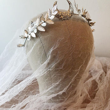 Moon tiara, pearl headband, silver wedding crown, goddess headpiece, quartz crystal crown, medieval crown, leaf crown, bridal headpiece
