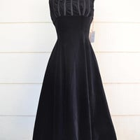 Vintage Connie Sage Velveteen Dress, Sleeveless Black Dress, Deadstock, New With Tags, Size 14, circa 1950s