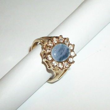 Woman's Cocktail Ring Blue Solitaire with Rhinestone Accents Vintage 1980's Costume Jewelry Size 9