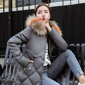 Quilted Jackets: Fur Collar Hooded Warm Winter Parka Jackets