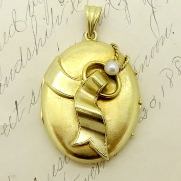 Antique Victorian 14K Gold Two Photo Keepsake Locket Pendant