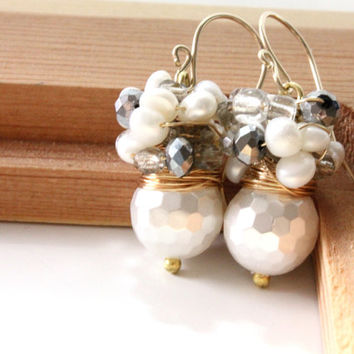 Wedding Jewelry,Wedding Jewelry,Personalized,bridesmaid,White earrings,Pearls-June Stone