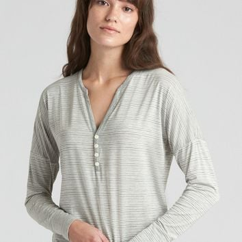 Long Sleeve Print Henley in Modal | Gap