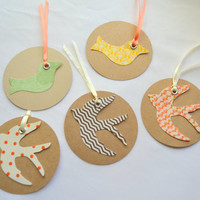 Birds large circle gift tags Christmas gift tags Gift bag tags holiday tags birthday tags song birds sparrow gift tags rustic gift tags dove