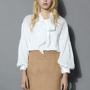 White Ribbon Collar Chiffon Top
