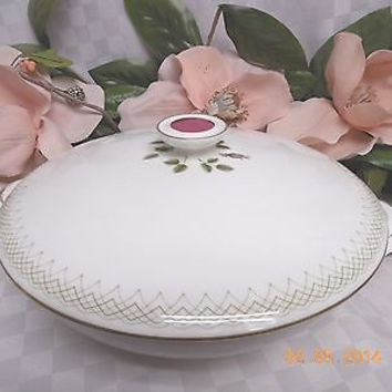 Royal Doulton, China  Dinnerware Sweetheart Rose, pattern #H4936 CVD Veg Dish