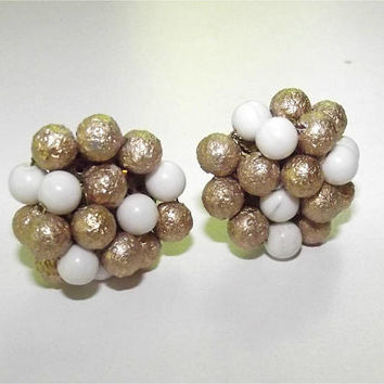 Vintage 40s Clip on earrings | 1940s Bead Earrings | Gold & White Bead Clusters | 40's 50's | Stamped JAPAN