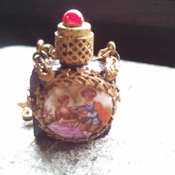 1920's Hand Painted French Perfume or Vingarette Pin