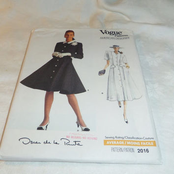 Woman's Flared Dress Uncut Pattern, American Designer Oscar de la Renta Size 12, 14, 16, Vogue  2016