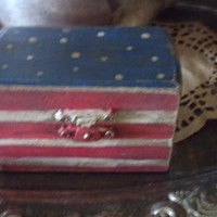 Gorgeous Americana Patriotic Flag Wedding Ring Bearer Box Pillow Trinket Box