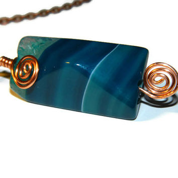 Agate stone necklace / Banded druzy pendant wire wrapped in copper wire / Blue agate stone necklace