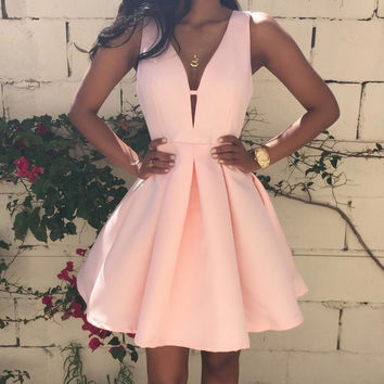 SEXY V SLEEVELESS DRESS HOMECOMING DRESS