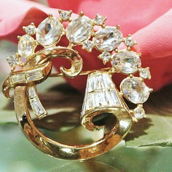 Trifari Brooch Alfred Phillipe Trifari Promenade Rhinestone Brooch High Fashion 1950s Mid Century Wedding Bride Christmas Jewelry Pat Pend