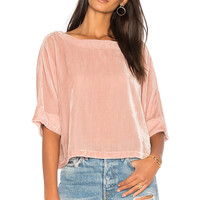 cupcakes and cashmere Kobe Top in Misty Rose | REVOLVE