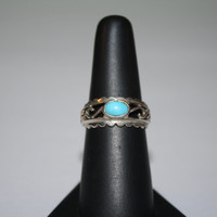 Turquoise Stone and Silver Waves Ring Vintage Sterling Silver Ring Size 8- free ship US