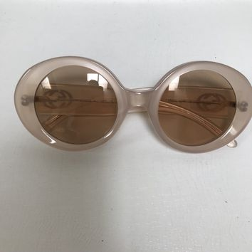 Gucci Sunglasses Women's Ivory Pearlized Round Frame Italy GG2410/s 49 22
