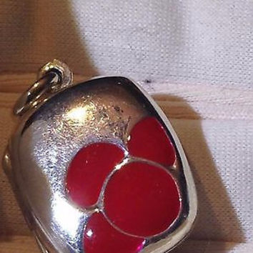 Nemesis Vintage Style 925 Sterling Silver Red Enamel Flower Photo Locket