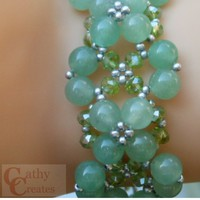 Green Aventurine and Olive Luster Beaded Bracelet | cathycreates.net