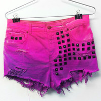 High waisted denim shorts pink / purple Ombre black studded