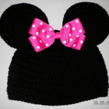 Custom crocheted girls Minnie Mouse ears hat beanie with a hot pink bow photo prop