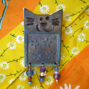 Raku Cat Pin with Flower Pattern and Beads, Deep Copper  Blue Beaded Brooch, Jewelry Gift, Handmade OOAK, Porcelain Clay, Scarf Pin