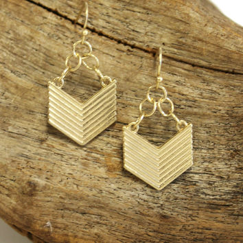 Metal Stripes Earrings, Gold