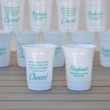 Bachelorette party cups | Reusable solo cup with friendship toast | Customizable to your event and color choice | Group party favors