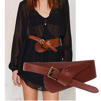 *online exclusive* wide leather waist belt