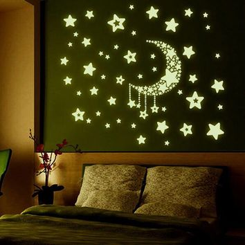 Fashion Night Light Luminous Stickers Home Decor Home Decoration Wall Sticker Rooms Wall Decals Moon And Stars