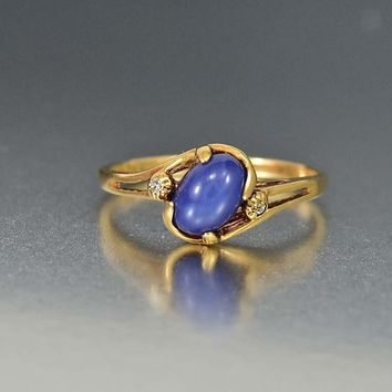 Superb Vintage Gold Star Sapphire and Diamond Ring