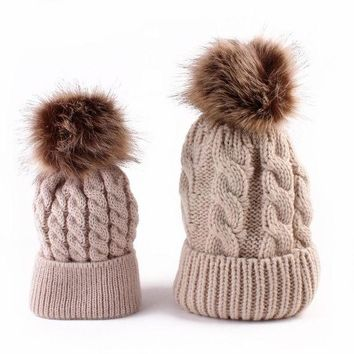 DCCKWQA 2pcs Winter Mom And Daughter Matching Knitted Beanie Cap Keep Warm Faux Fur Hats Gorro Chapeu Amazing Sep